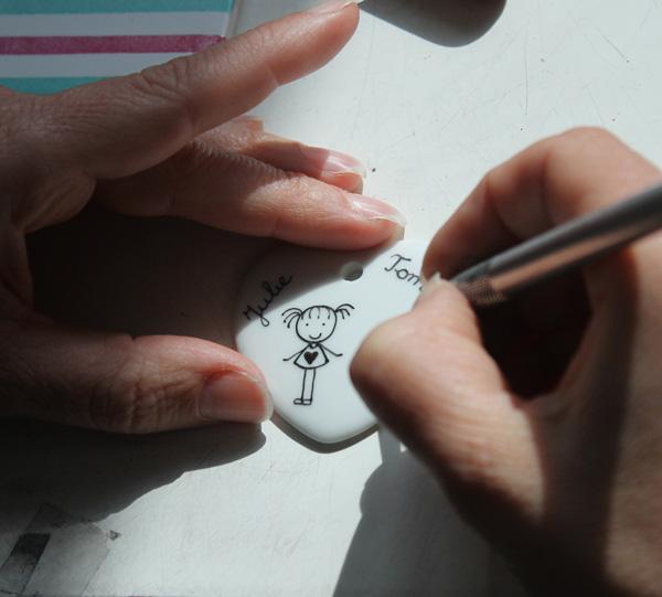 04_claudia-ladriere-creation-atelier-peinture-sur-porcelaine